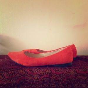 Orange faux suede pointed flats